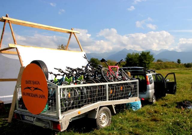 remorca transport biciclete