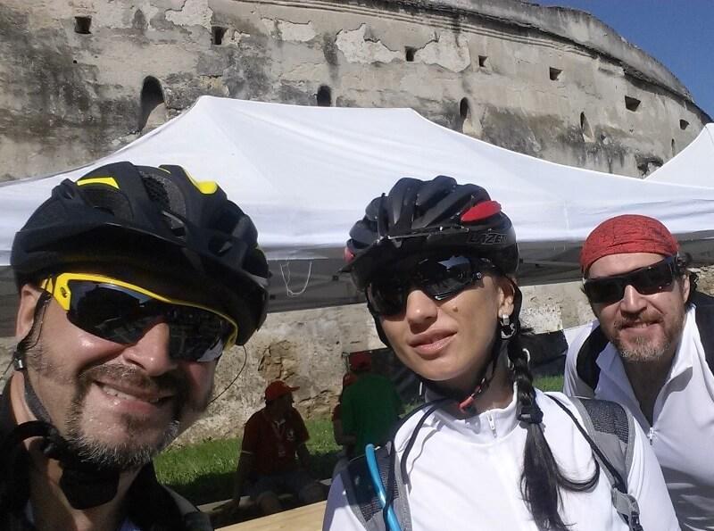 ture cu bicicletele la biserici fortificate si muzee