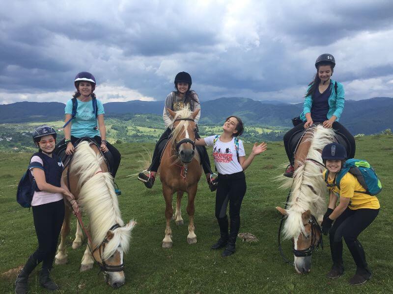 turism ecvestru cu scoala BateSaua
