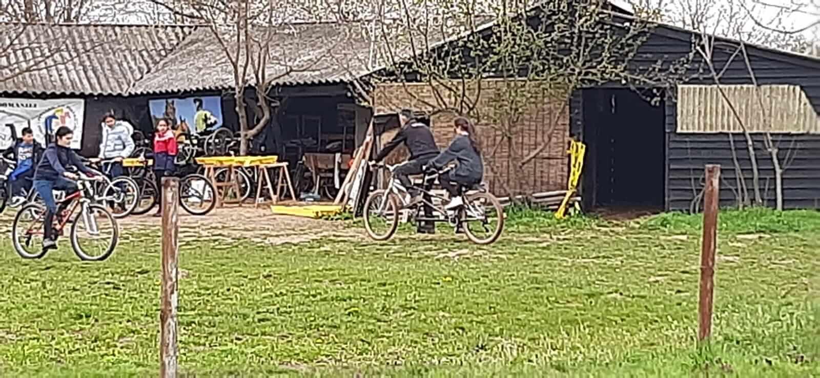 plimbari cu biciclete